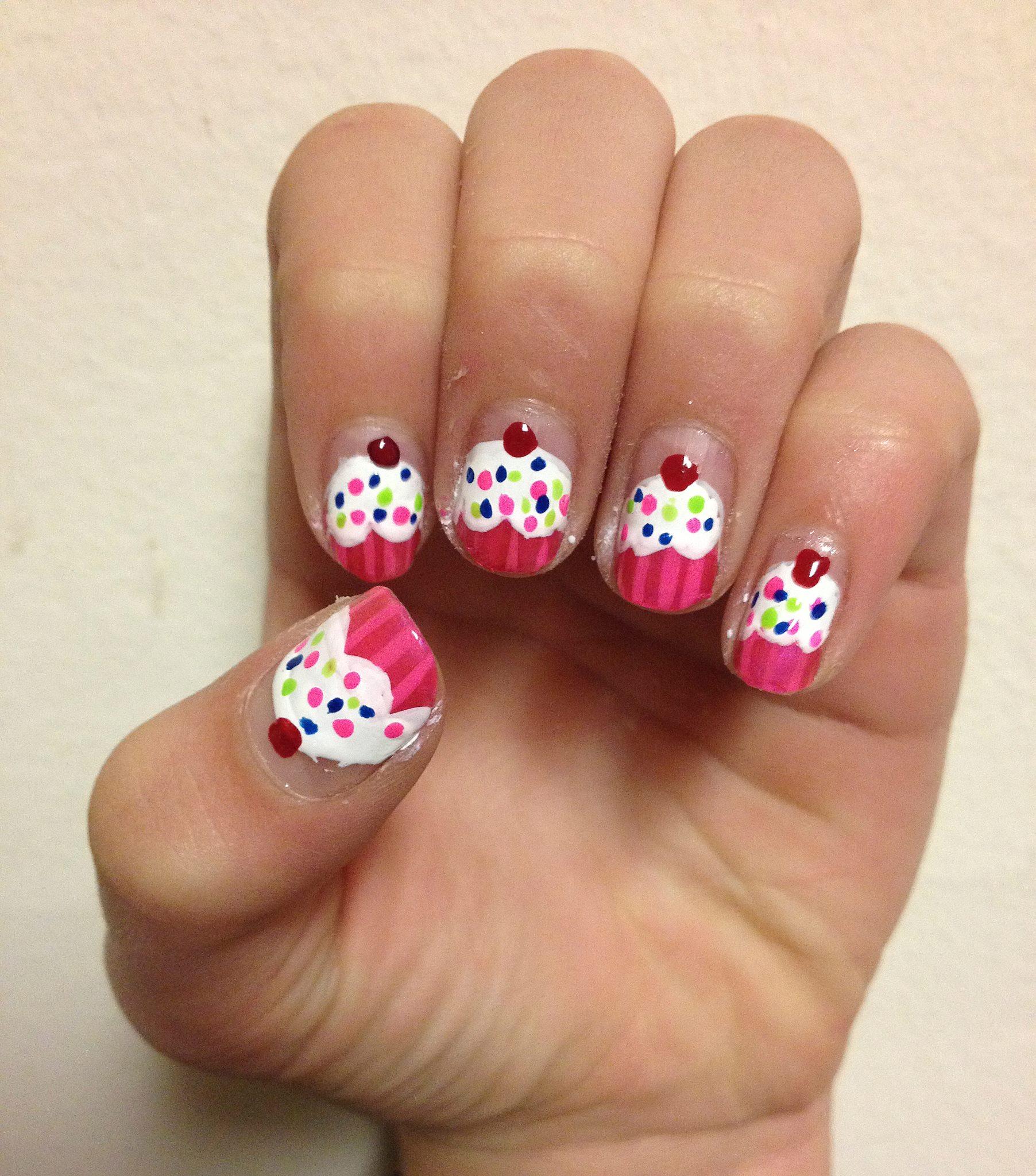 Cupcake nail art by jessica affatshionista prinsesfo Gallery